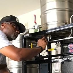 "Robert Moreland Using the (RIMS) SABCO ""Brew Magic"" System"