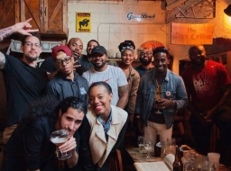 Brandon Montgomery w/ fellow craft beer enthusiasts [Image courtesy of @across113thst IG]